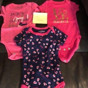 3 piece Set Juicy Couture onesies Pink Blue 0-3 ms